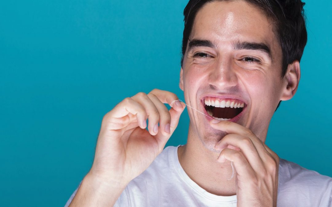 Warrnambool Dentist Tips: Top 4 Amazing Benefits of Brushing & Flossing